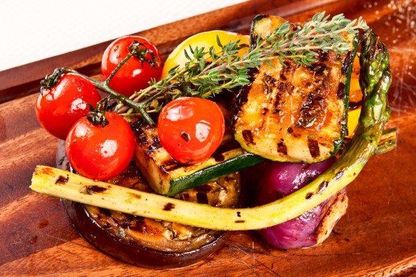 Овочі на сковороді гриль: покрокові рецепти, калорійність