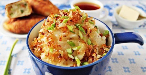 Начинка для пиріжків з картоплею: з цибулею, фаршем, печінкою
