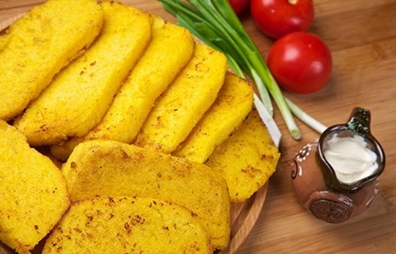 Мамалига з кукурудзяної крупи: рецепти приготування з фото