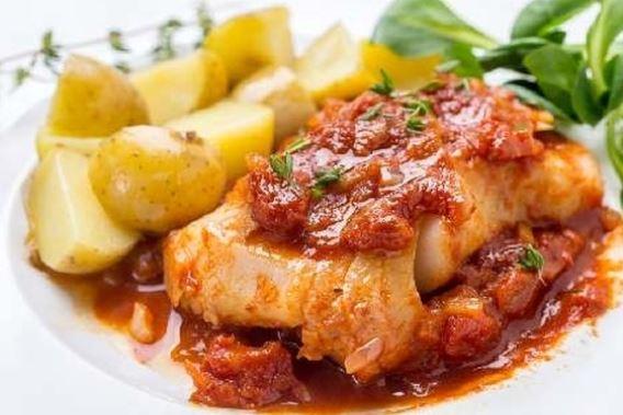 Пікша в духовці (у фользі, риба з овочами): рецепти з фото