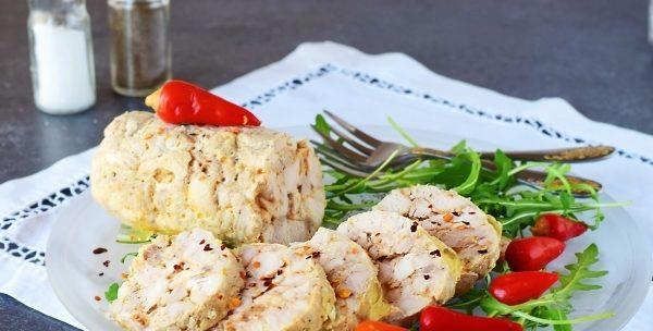 Курячий рулет з желатином в харчовій плівці: рецепти з фото