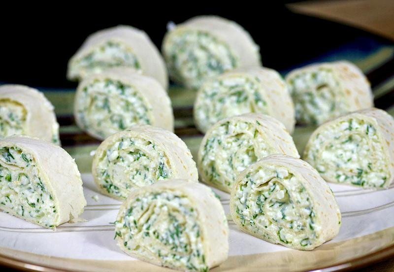 Лаваш з сиром і зеленню: калорійність, рецепти з фото
