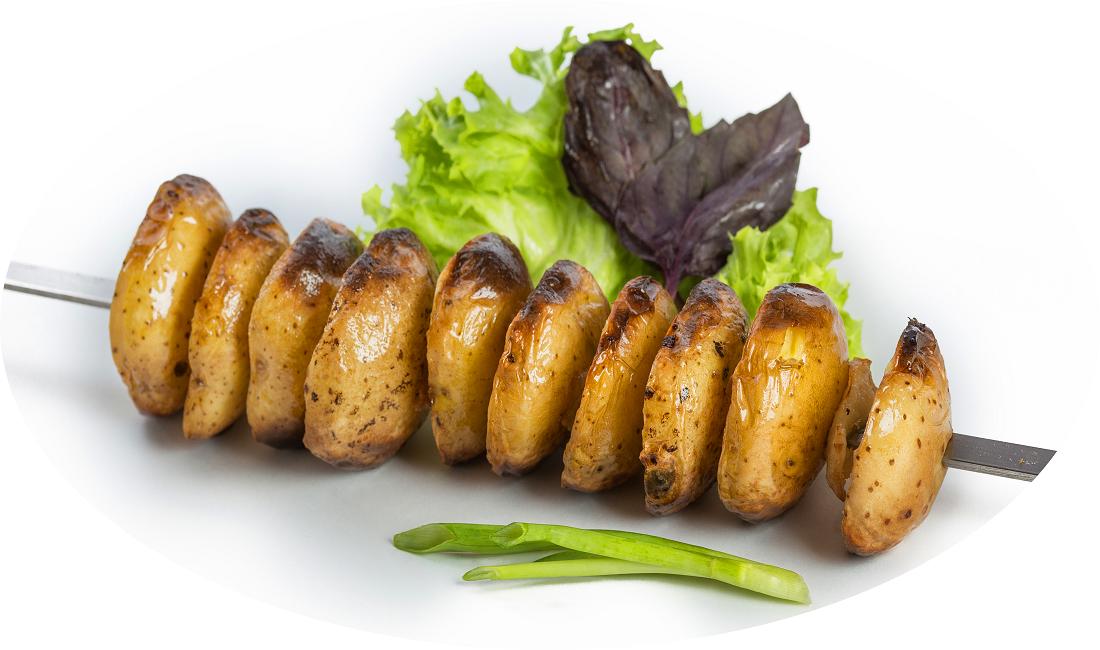 Картопля на мангалі на шампурах, на решітці: рецепти з фото