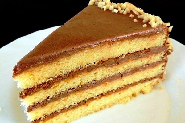 Торт з вареним згущеним молоком: вафельний, бісквітний, медовий