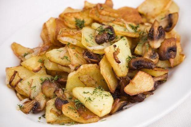 Опеньки смажені з картоплею: рецепти приготування з фото