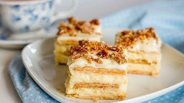 Пиріг з сирною начинкою: прості рецепти з покроковим фото