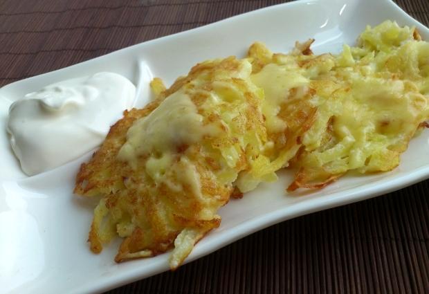 Деруни з сиром (картопляні, з кабачків): рецепти з фото