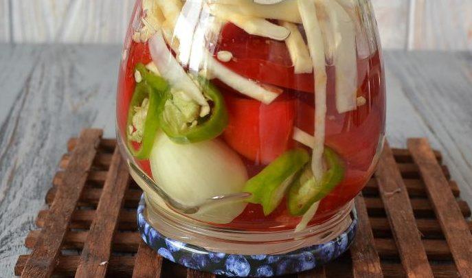 Салат з болгарського перцю на зиму: рецепти заготовок з фото