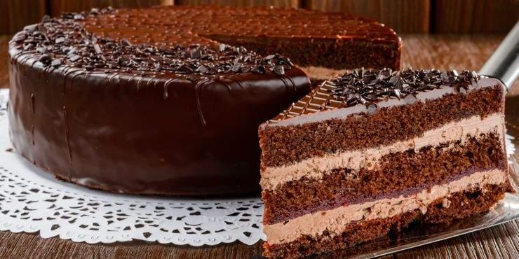 Шоколадний торт з шоколадним кремом: рецепти з фото покроково