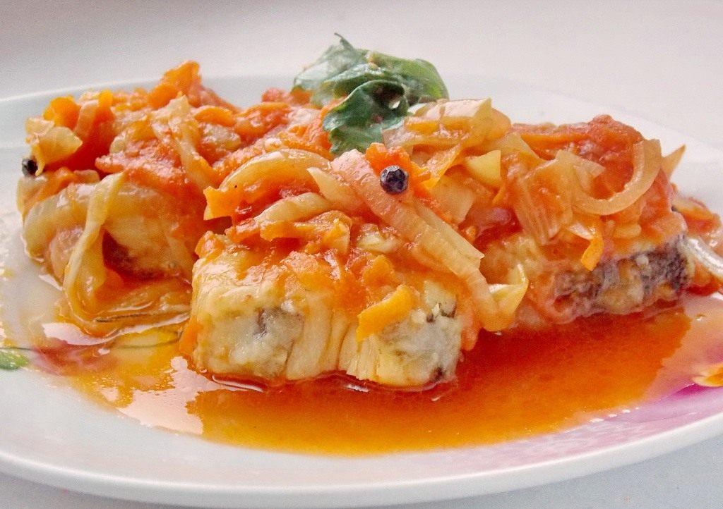 Риба під маринадом з моркви і цибулі: покрокові рецепти