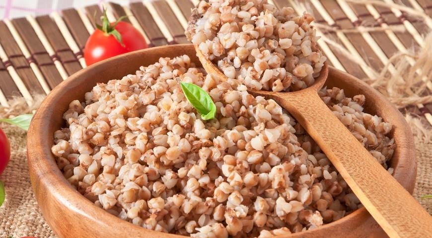 Як смачно приготувати гречку (на гарнір з м'ясом): рецепти