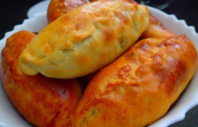 Пиріжки зі щавлем (солодкі в духовці, смажені): рецепти