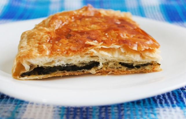 Пироги зі щавлем: секрет соковитою начинки, покрокові рецепти
