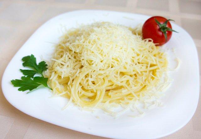 Спагетті з сиром: вишукані і прості рецепти приготування