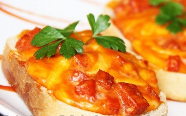 Рецепти гарячих бутербродів в духовці з покроковими фото