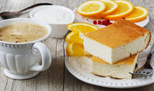 Манник на кефірі без борошна (в духовці і мультиварці): рецепти