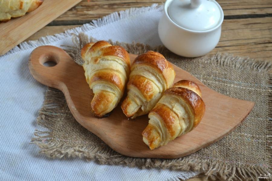 Круасани з готового листкового тіста: покрокові рецепти