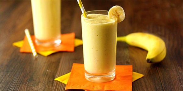 Смузі з бананом (з вівсянкою, з сиром, з молоком): рецепти