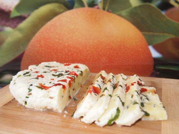 Твердий сир в домашніх умовах: рецепт приготування з фото