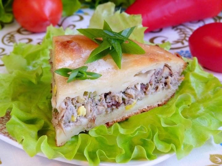 Заливний пиріг з рибою (швидкий, на кефірі): прості рецепти