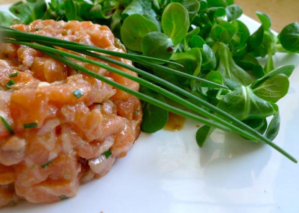 Тартар з лосося: рецепти приготування з фото покроково