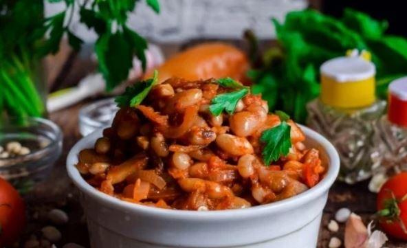 Квасоля тушкована з овочами: рецепти страв з покроковим фото