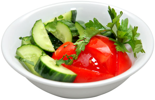 Салат з огірків і помідорів: прості рецепти, калорійність