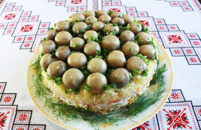 Салат «Лісова поляна»: оригінальні рецепти з фото покроково