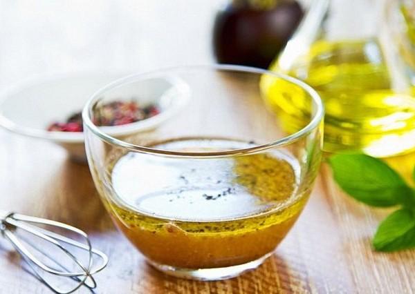 Заправка для грецького салату: класичний рецепт та інші