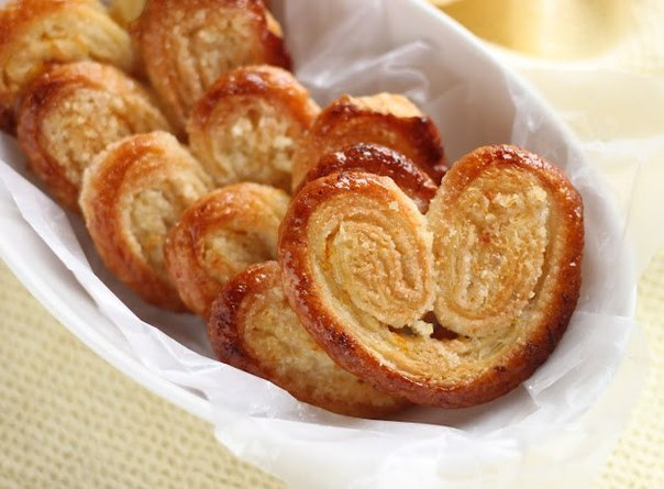 Печиво з листкового тіста: з цукром, з варенням, з сиром