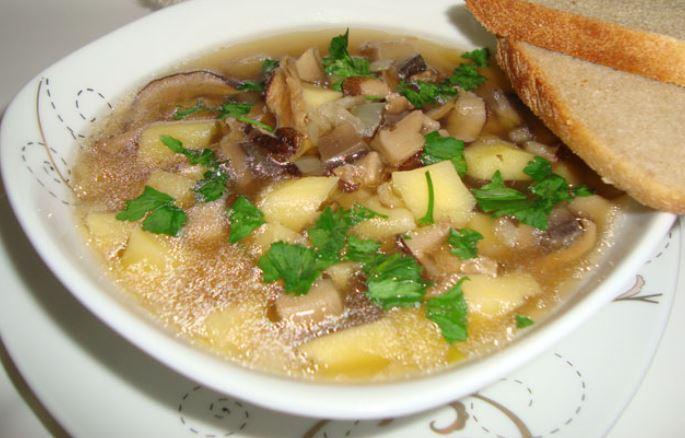 Суп з сушених білих грибів: класичний і інші рецепти