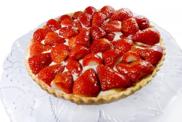 Пиріг з полуницею: прості рецепти з фото покроково, поради
