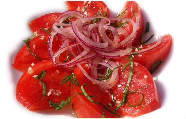 Закуска з помідорів на зиму: покрокові рецепти з фото