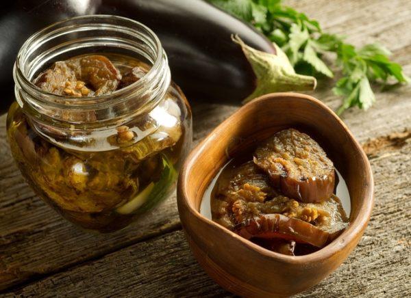 Заготовки з баклажанів на зиму: золоті рецепти з фото