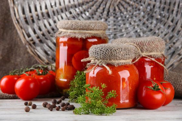 Заготовки на зиму з помідорів: золоті рецепти з фото