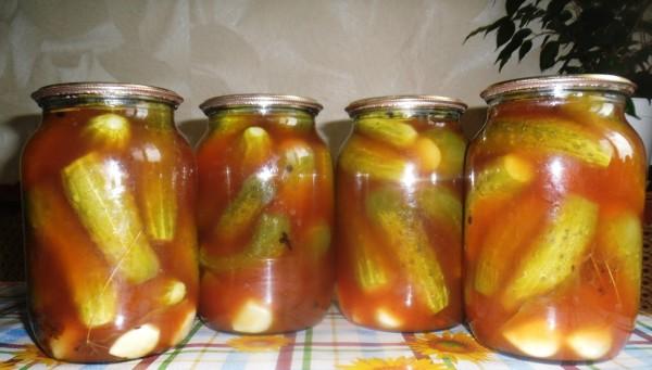 Огірки в томатному соку на зиму: найкращі рецепти заготовок
