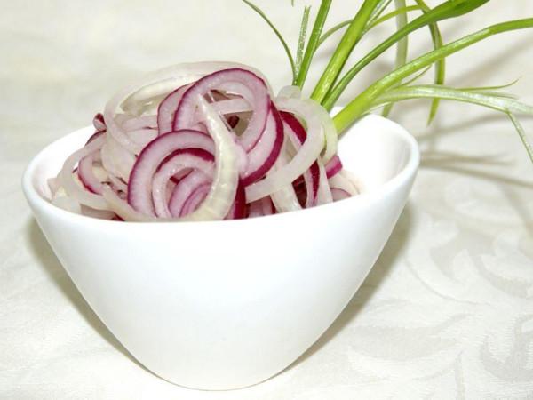 Рецепти маринованого лука: швидкий, до шашлику, на зиму
