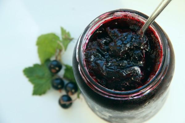 Варення з чорної смородини желеподібне: рецепти на зиму