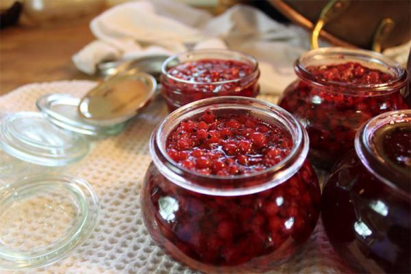 Варення з червоної смородини: класичне, 5 хвилинка, желе