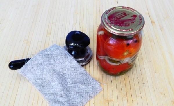 Помідори «Пальчики оближеш»: домашні рецепти на зиму
