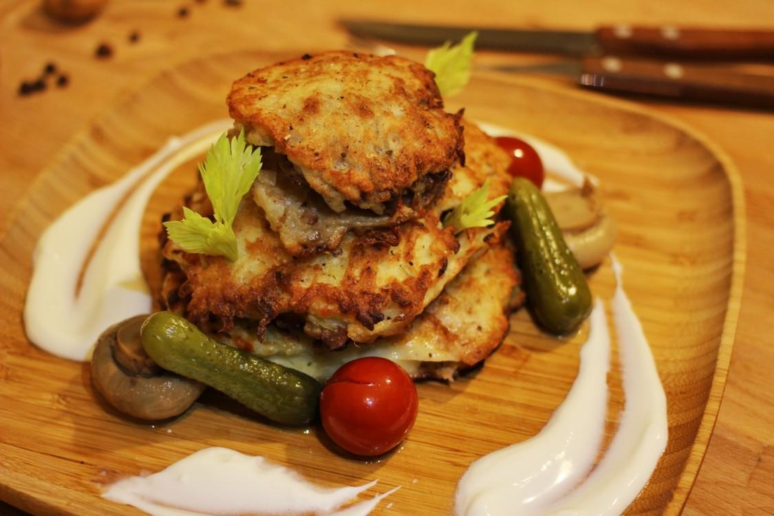 Деруни картопляні з фаршем: рецепти з фото покроково