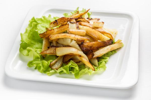 Смажена картопля з цибулею на сковороді: покрокові рецепти