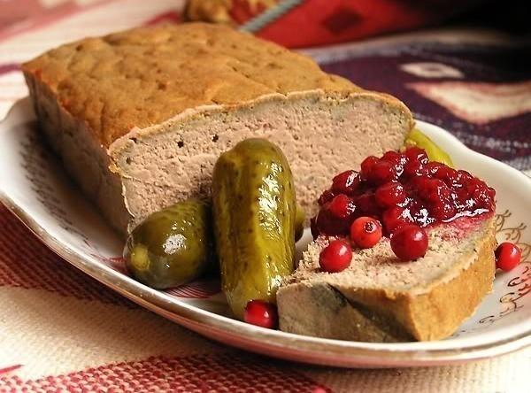 Паштет з яловичої печінки в домашніх умовах: рецепти