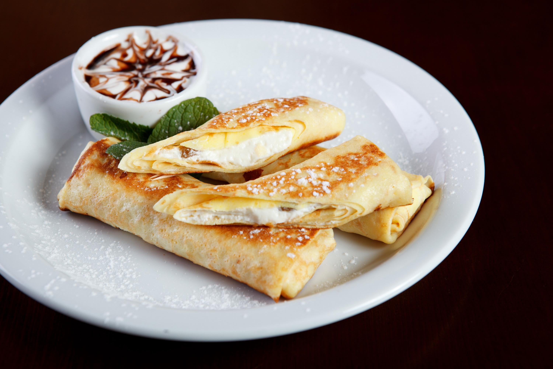 Млинці з сиром: калорійність, рецепти з фото покроково
