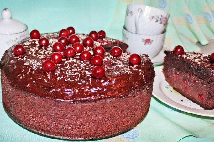 Торт на кефірі простий і смачний: покрокові рецепти з фото