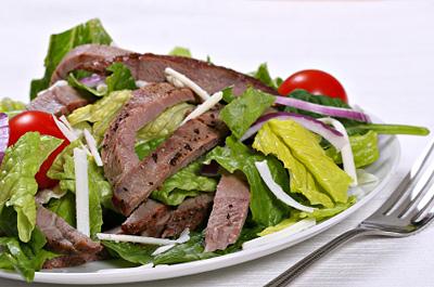 Салат з яловичиною: покроковий рецепт приготування з фото