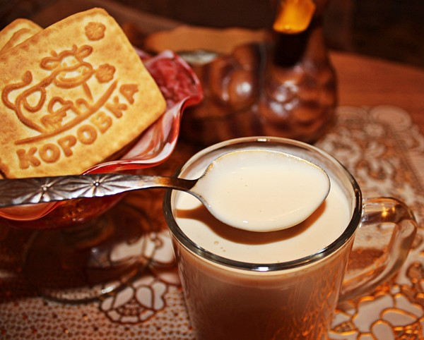 Топлене молоко в мультиварці, духовці і термосі: рецепти