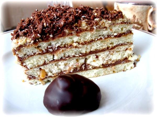 Торт на сковороді: покроковий рецепт приготування з фото