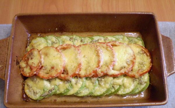 Кабачки, запечені в духовці: з сиром, м'ясом і овочами