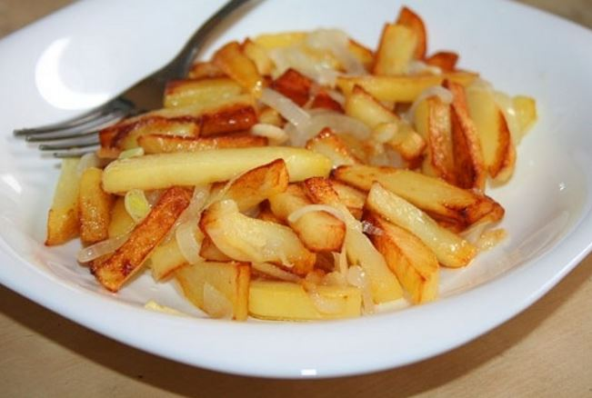 Смажена картопля в мультиварці: рецепти з фото